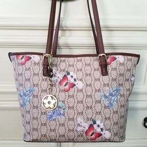 💖 NWT Bueno Butterfly Floral Shoulder Bag Purse